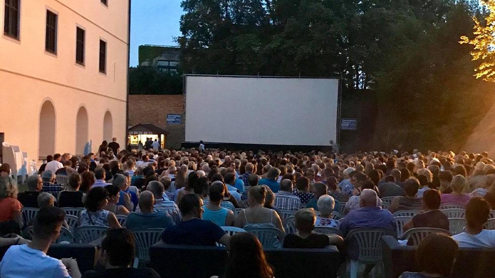 7. Kino Open Air im Schlossgarten in Wertingen vom 16.7. - 22.8.